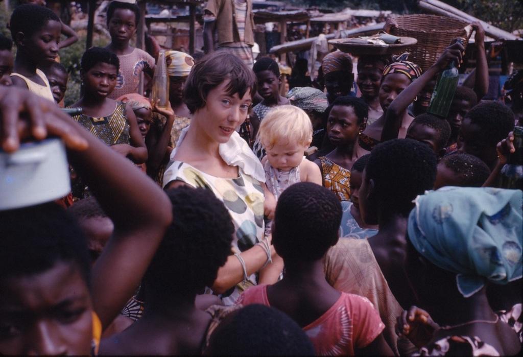 Mum and baby, Takoradi market