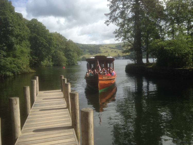 Windermere launch, Wray Castle